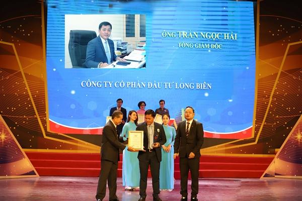 Ông Trần Ngọc Hải nhận giải Top 10 doanh nhân tiêu biểu châu Á - Thái Bình Dương.