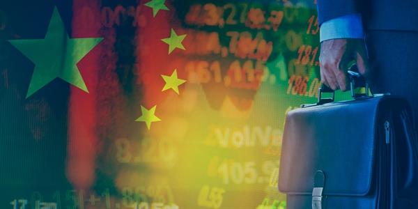 Danh sách hạn chế mới đối với đầu tư nước ngoài sẽ có hiệu lực từ ngày 23.7. Nguồn ảnh: Jones Day