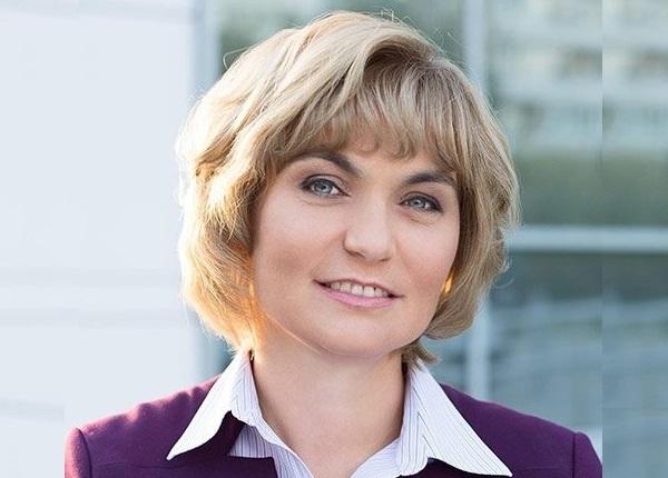 Bà Natalya - Phó chủ tịch cấp cao bộ phận Nguồn điện liên tục/Công nghệ thông tin Schneider Electric