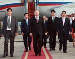 Tổng thống Putin đã xuống sân bay Nội bài