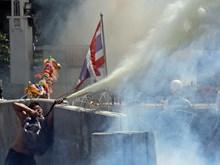 Thủ đô Bangkok tiếp tục rung chuyển vì biểu tình