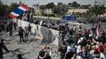 Cảnh sát Bangkok rút lui, người biểu tình chiếm Phủ Thủ tướng