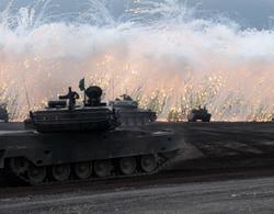 Nhật sẽ chi 240 tỷ USD mua vũ khí