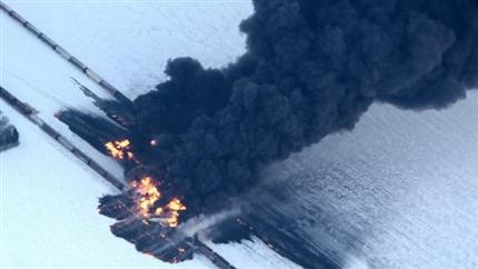 Mỹ: Xe lửa chở dầu phát nổ
