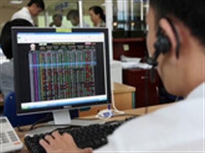 Chứng khoán BIDV trở lại top 10 thị phần môi giới trên HOSE