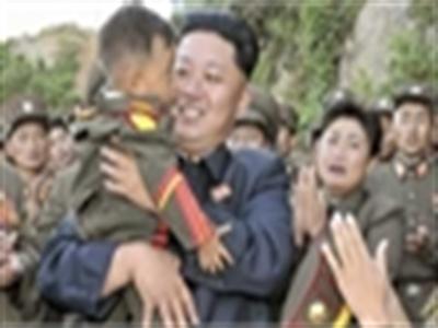 Sinh nhật lãnh đạo, trẻ em Triều Tiên được 1kg kẹo