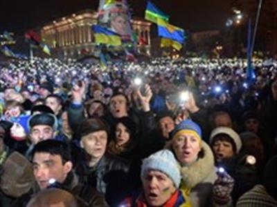 Phe đối lập Ukraine kêu gọi trừng phạt thành viên chính phủ