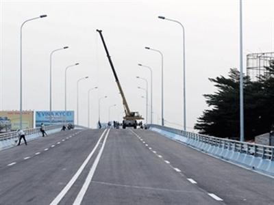 Thông xe cầu vượt thép nút giao thông ngã tư Vũng Tàu