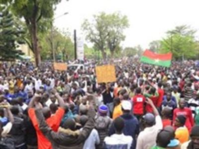 Burkina Faso: Gần 10.000 người biểu tình phản đối Tổng thống