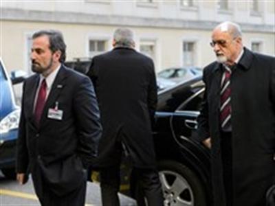 Các bên Syria bắt đầu bàn về chính quyền chuyển tiếp