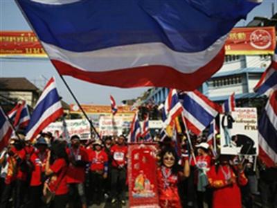 Bangkok rung chuyển trước ngày bỏ phiếu