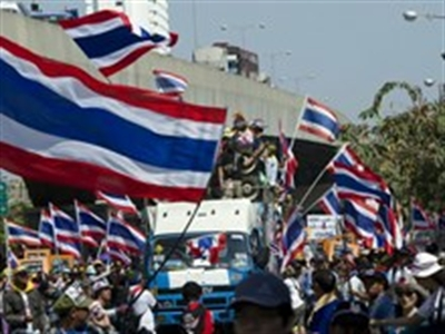 Tòa án Thái Lan phát lệnh bắt giữ thủ lĩnh biểu tình