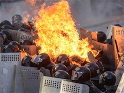 Chính phủ Ukraine buộc phải sơ tán do bạo lực leo thang