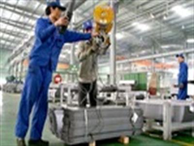Sản xuất công nghiệp tháng 2 sụt giảm mạnh