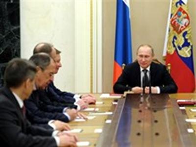 Putin đặt lực lượng vũ trang phía Tây ở tình trạng báo động