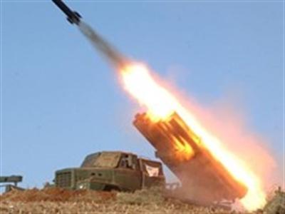 Hàn Quốc: Triều Tiên bắn 4 quả tên lửa tầm ngắn