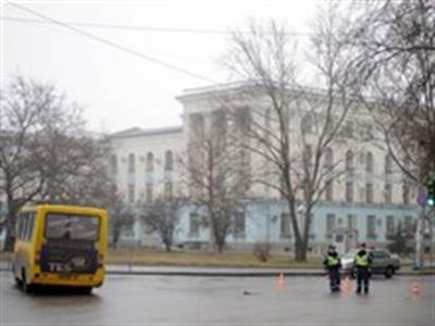 Hai ngân hàng Nga tạm ngừng cho vay mới ở Ukraine