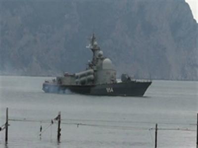 Tàu chiến Nga xuất hiện ngoài khơi Ukraine