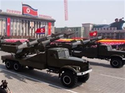 Triều Tiên tiếp tục bắn thử 16 quả tên lửa tầm ngắn