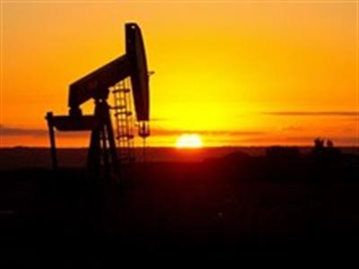 Kinh tế Mỹ khởi sắc kéo thị trường dầu mỏ đi lên