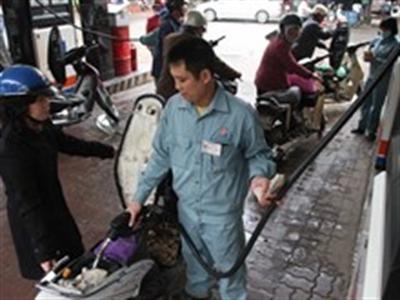 Quỹ bình ổn xăng dầu tăng hơn 672 tỷ đồng sau 3 tháng