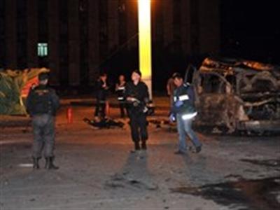 Ukraine xem xét dùng thiết quân luật tại một số tỉnh miền Đông