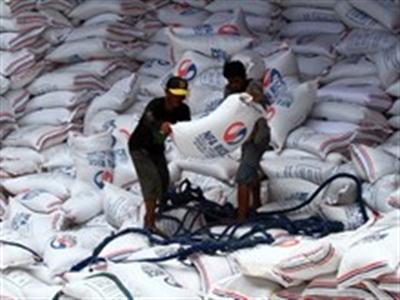 Philippines nhập thêm 400.000 tấn gạo trong 6 tháng cuối năm