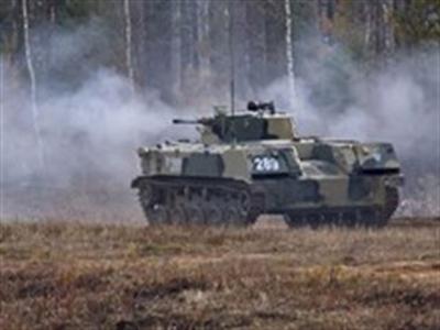 Moskva bác bỏ tin Ukraine bắt xe chiến đấu của lính dù Nga