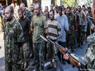 Phe ly khai Ukraine phóng thích 1.200 tù binh của Kiev