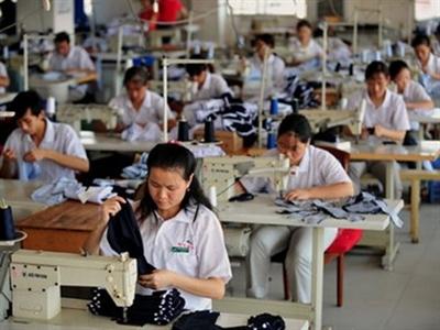 Đầu tư nước ngoài vào Philippines giảm gần 39% trong quý hai