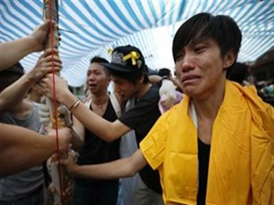 Phụ nữ tham gia biểu tình ở Hong Kong tố bị tấn công tình dục