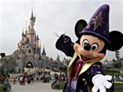 Walt Disney huy động 1,3 tỷ USD cứu trợ Euro Disney