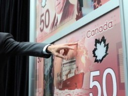 Canada đưa vào lưu thông đồng 50 đô la mới