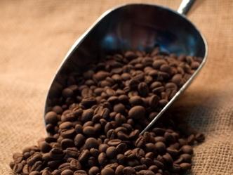 Giá cà phê thế giới tăng hơn 2% vượt 2.050 USD/tấn