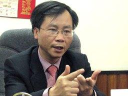 Ông Vũ Đình Ánh: NHNN không nên để ngân hàng tự nguyện sáp nhập