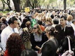 Người dân Mexico hoảng loạn do động đất mạnh