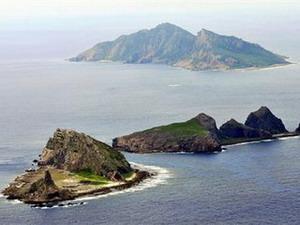Hai tàu Trung Quốc vào gần đảo tranh chấp với Nhật Bản