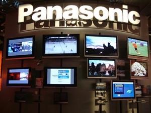 Các lãnh đạo Panasonic bị hạ lương do để thua lỗ