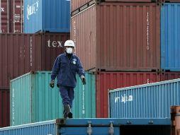 Thặng dư tài khoản vãng lai Nhật Bản giảm mạnh