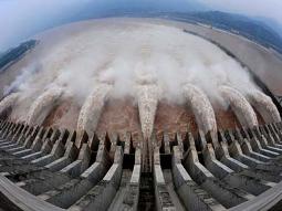 Trung Quốc sắp sơ tán 100.000 dân do lở đập Tam Hiệp