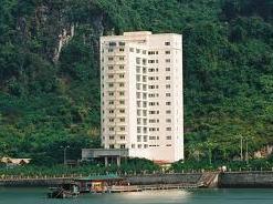 VCR chào bán khách sạn Holiday Wiew tại Cát Bà giá 70 tỷ đồng
