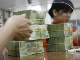 NHNN sắp họp bàn việc xử lý 9 ngân hàng yếu kém