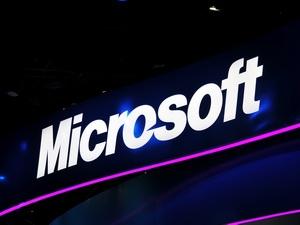 Microsoft phát triển công nghệ điện thoại đa màn hình