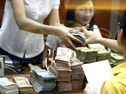 NHNN yêu cầu cơ cấu lại thời hạn trả nợ cho khách hàng