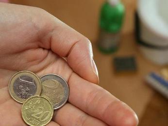 Giá nhân công tại Tây Ban Nha, Hy Lạp giảm mạnh