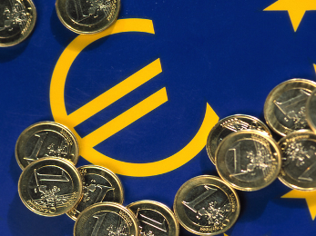Châu Âu đang ngồi trên đống lửa ngân hàng
