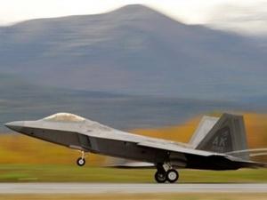 Iran lên án Mỹ triển khai máy bay tàng hình ở UAE