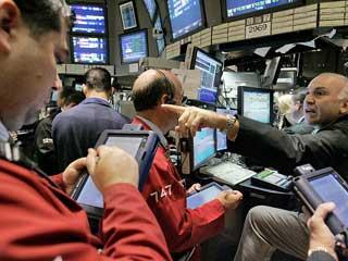 Dow và S&P500 đều giảm do dữ liệu khu vực tư nhân yếu kém