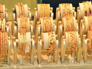 Nhập khẩu vàng Trung Quốc từ Hong Kong tăng 6 lần trong quý I/2012