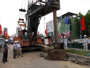 Hà Nội khởi công thêm một cầu vượt tại nút giao Lê Văn Lương - đường Láng